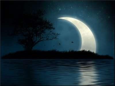 Большой месяц ночью
