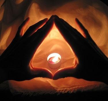 Два мощных способа приворожить на любовь