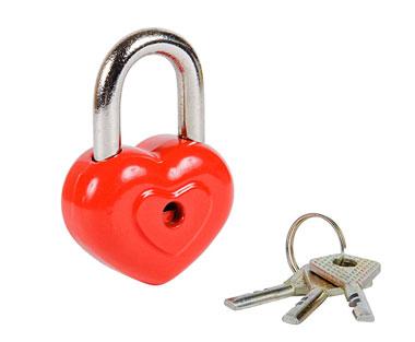 Замочек сердечко с ключами