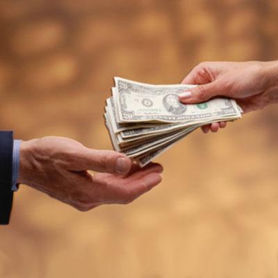 мужик расплатился собственной женой что бы отдать долг