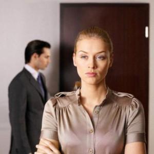 Как рассорить мужа с соперницей?