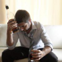 Избавляемся от алкоголизма с помощью молитв и заговоров?