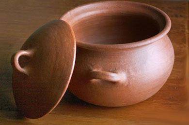 Глиняный горшочек