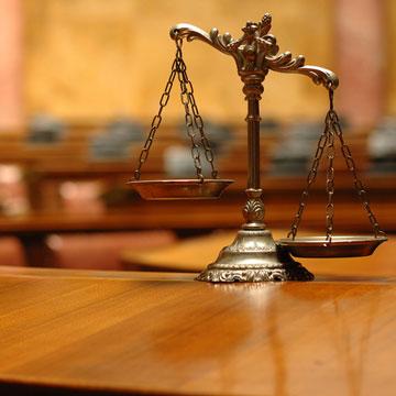 Заговоры от суда и на удачу, чтобы выиграть дело в суде