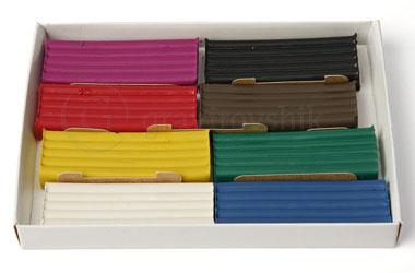 Пачка цветного пластилина