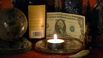 ритуал с долларом