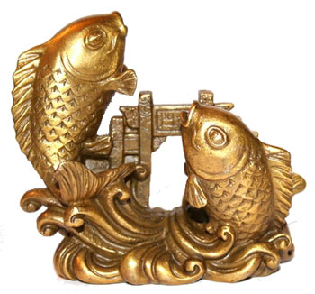 Талисман фен шуй золотые рыбки