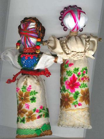Две куклы мотанки