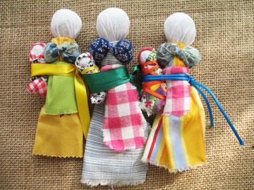 Три зольные куклы обереги