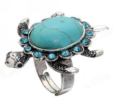 Кольцо с бирюзовой черепашкой