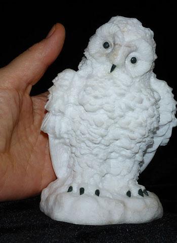 Полярная сова из камня