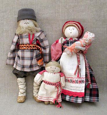 Четыре славянские куклы