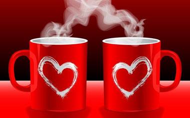 Две кружки с сердечками