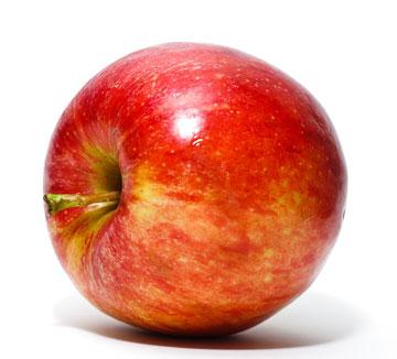 Спелое красное яблоко