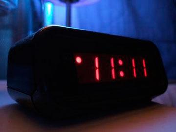 Цифры 11 на часах