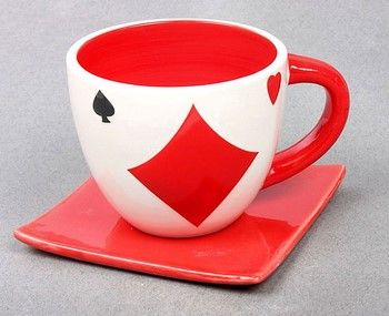 Чашка со знаком буби