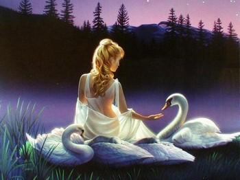 Девушка с лебедями