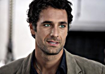 Красивый итальянский актер