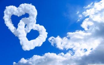 Сердечки из облаков