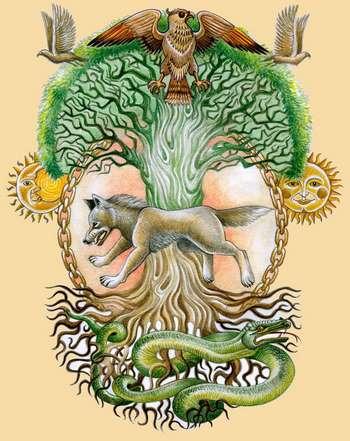 Странное дерево со всякими животными