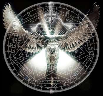 Темный ангел на фоне пентаграммы
