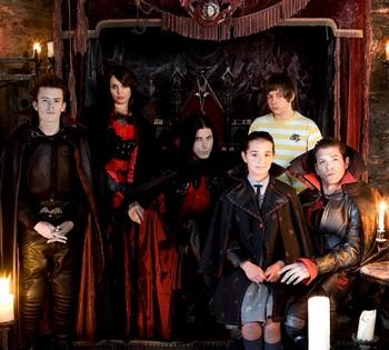 Вампирская семья