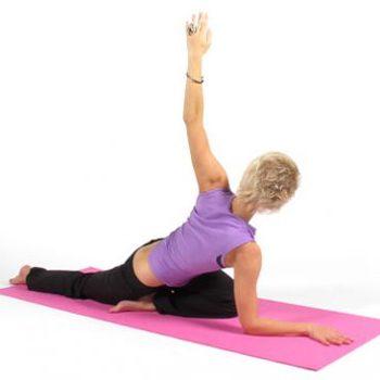 Упражнения из йоги для здоровья позвоночника и спины