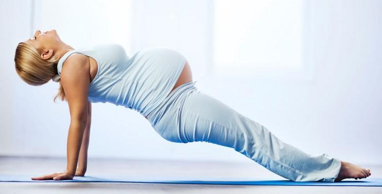 комплекс йоги в 3 триместре
