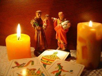 свечи и карты для гадания