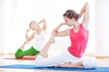 какие упражнения из йоги подойдут